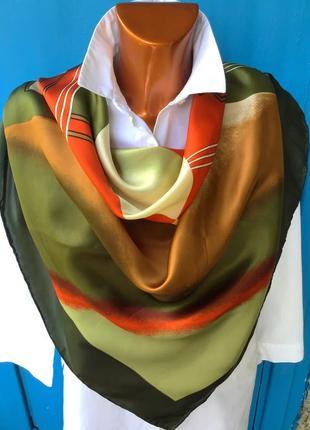 Новый роскошный , большой шелковый яркий платок huali
