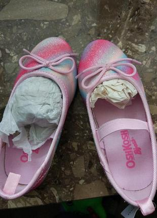 Туфлі для дівчинки. oshkosh b'gosh