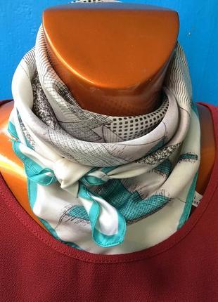 Стильный шейный шелковый шёлк