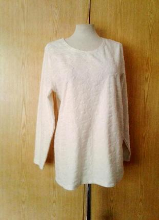 Молочная блузочка с выбитыми цветами ,xl-2xl.