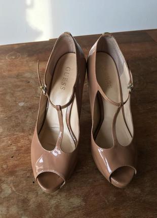 Туфли босоножки guess оригинал бежевые открытый носок стильные5 фото