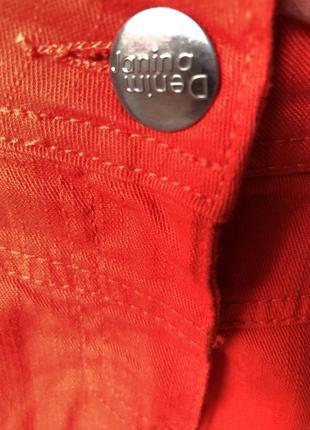Джинсовая юбка, красная, размер 48-508 фото