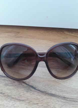 Cонцезахисні окуляри