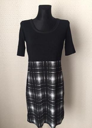 Классное летнее платье в сппортивном стиле от marc cain, размер укр прим 44-46
