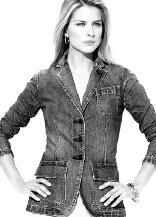 Актуальный джинсовый кардиган/пиджак/жакет в классическом стиле с отложным воротником.