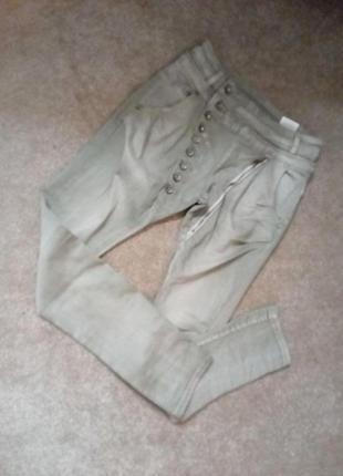Бомбезные джинсы на болтах12р