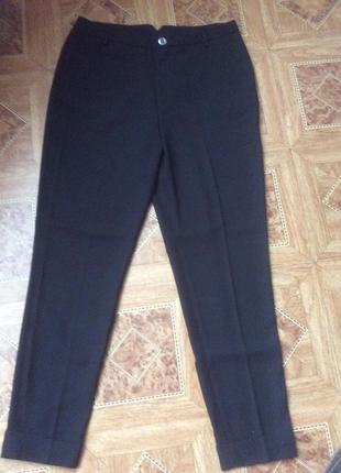 Женсякие брюки 36-38р