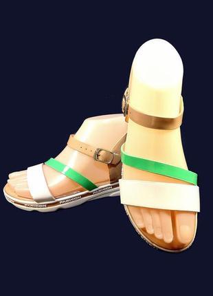 Босоножки сандалии женские на танкетке, модные.