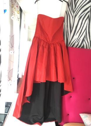 Красивое необычное красное платье(вечернее, выпускное )