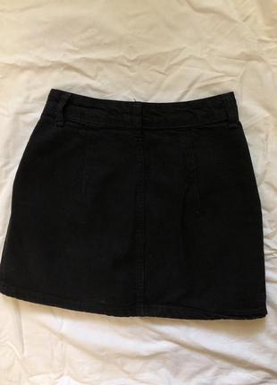 Чёрная юбка трапеция джинсовая а-силуэта5 фото