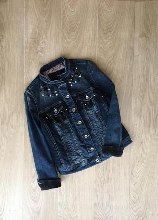 Стильненькая джинсовочка с бахромой