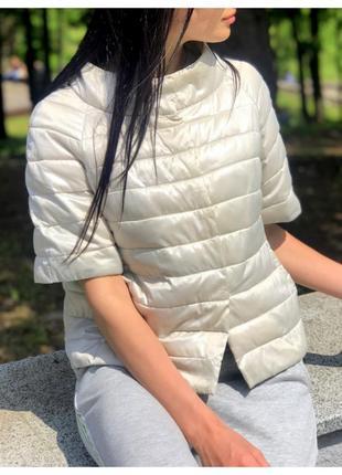 Легкая весенне-летняя куртка / ветровка r jeans