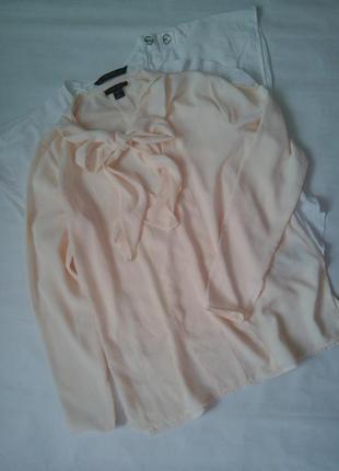 Ніжна блуза персикового кольору з бантом amisu
