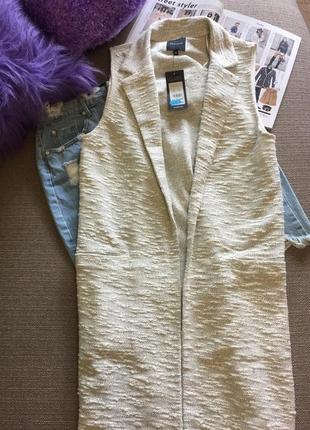 Классный длинный жилет new look !