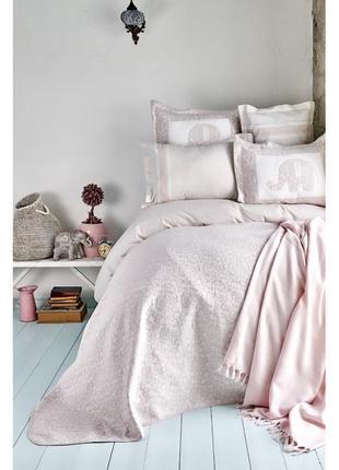 Набор постельное белье с покрывалом + плед karaca home пудра евро комплект слоник1 фото