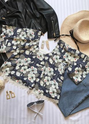 Роскошная итальянская блуза с кружевом в цветочный принт🌸