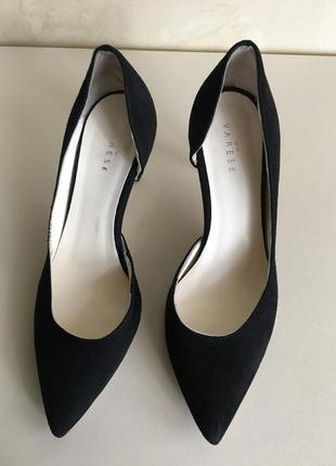 Замшевые туфли лодочки бренд varese производство италия