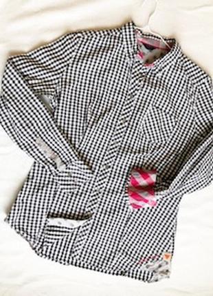 Яркая и стильная рубашка guess