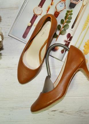 Pier one! кожа! красивые базовые туфли на удобном каблуке высокого качества
