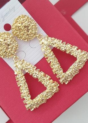 Сережки, модные серьги, тренд, хит, под золото, гвоздики