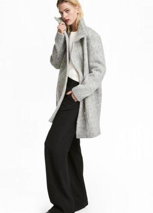 Оригинальное пальто из смесовой шерсти от бренда h&m разм. 32