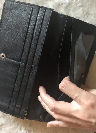 Стильный кожаный кошелёк10 фото