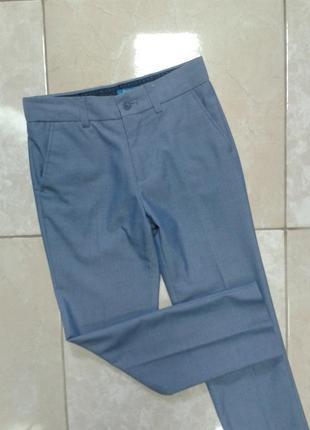 Стильные нарядные брюки 8-9 лет next