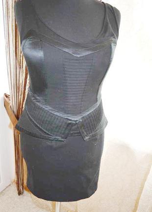Моделирующее стройнящее платье-корсет, с баской, с косточками