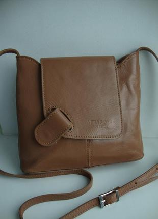Шкіряна фірмова італійська сумка кросбоді vera pelle