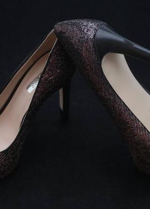 Туфли с открытым носком guess, бронзового цвета3 фото
