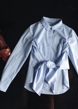 Стильная рубашка с завязками на талии