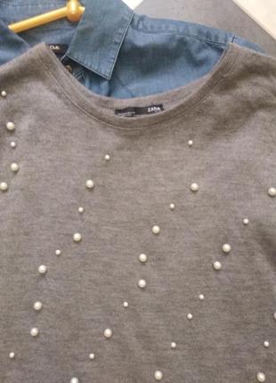 Свитер из шерсти с жемчугом бусинами от zara2 фото