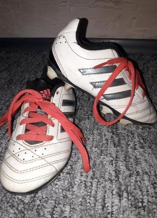 Продам бутсы кроссовки adidas