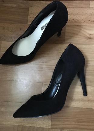Роскошные туфли лодочки miss selfrige замш 39 размер6 фото