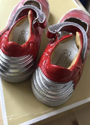 Кожаные туфли, балетки. новые, оригинал, натуральная кожа 100%