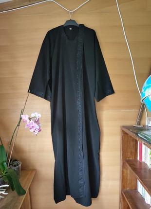 Абая / длинное платье халат на запах с вышивкой