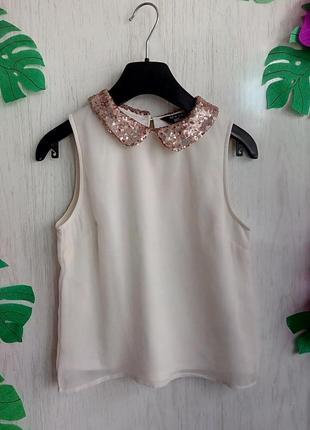 Блузка без рукавов на 10 лет 140 см рост цвет светло бежевый воротник пайетки