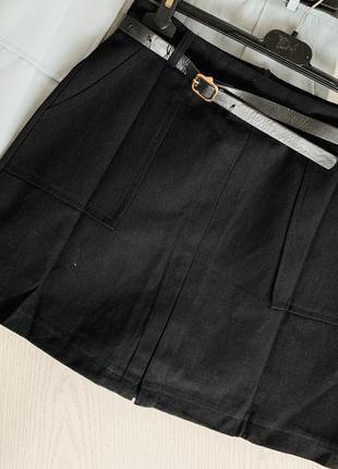 Юбка, внутри подкладка шортами