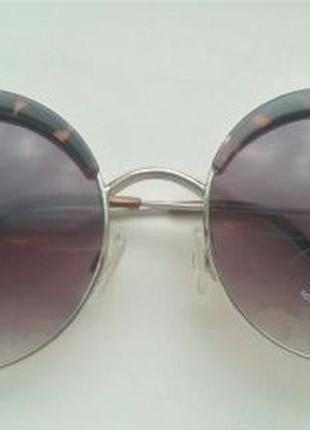 Очки солнцезащитнын круглые mango в чехле