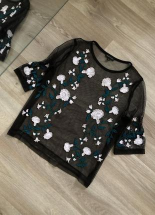 Прозрачная блуза с вышивкой