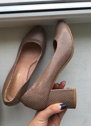Туфли лодочки на каблуке, кожаные розовые