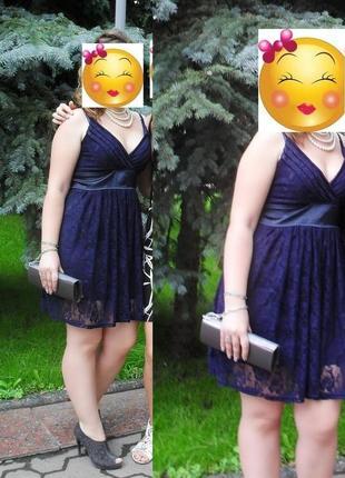 Темно синие вечерние выпускное платье из гипюра на подкладке