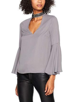 Серая шифоновая блузка чокер топ с блестящим ошейником new look