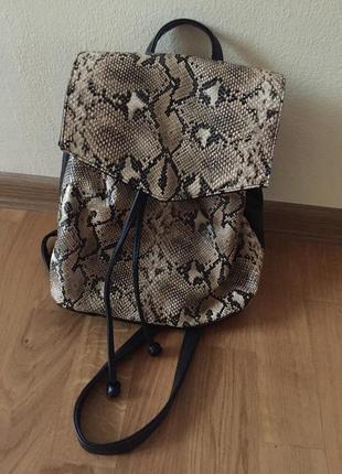 Рюкзак зміїний принт