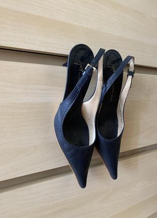 Распродажа - 50%оригинал синие босоножки vicini giuseppe zanotti кожаные