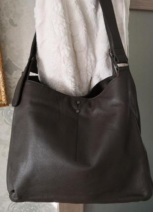 Большущая кожаная кожаная сумка hotter