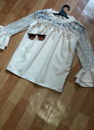 Шикарна блуза з мереживом