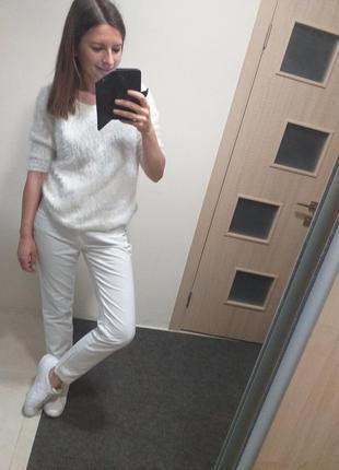 Белые брендовые брюки джинсы трусарди