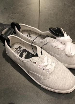 Удобные лёгкие серые мокасины на шнурках кеды тапочки amisu