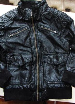 Куртка на 4-5 года фирма h&m состояние отличное